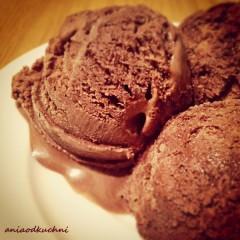 Bardzo proste, pyszne lody czekoladowe