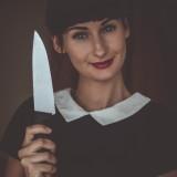 Co kobieta robi w kuchni?