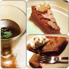 3 proste czekoladowe desery, którymi można się wspólnie wymaziać w Walentynki