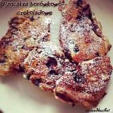 Pancakes borówkowo-czekoladowe z płatkami owsianymi